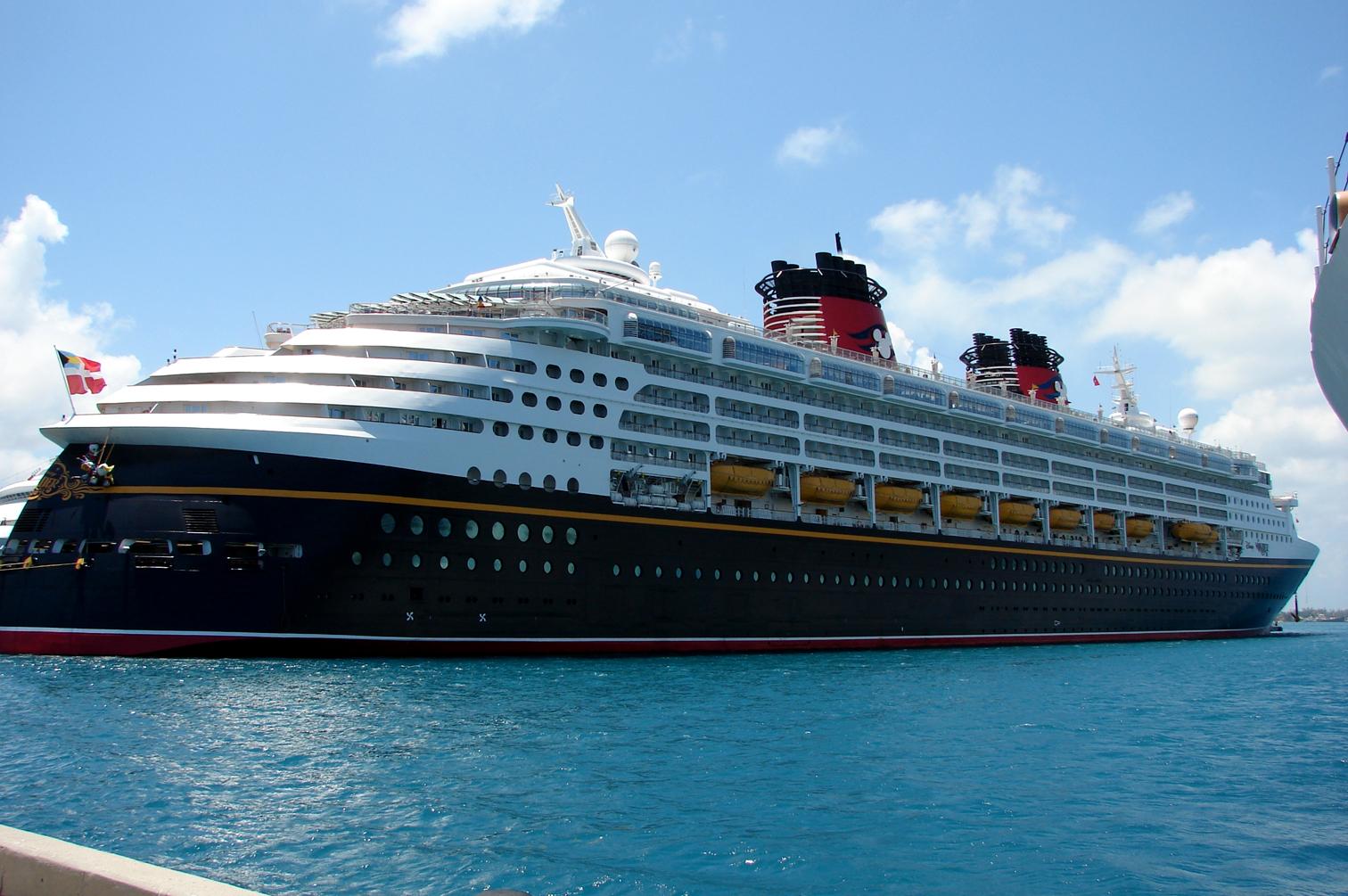 April // Cruiseshipportal
