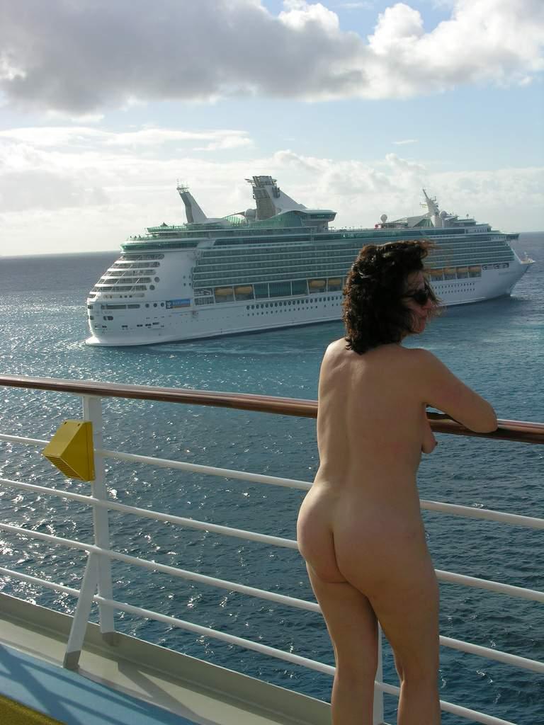 Cruise ship voyeur